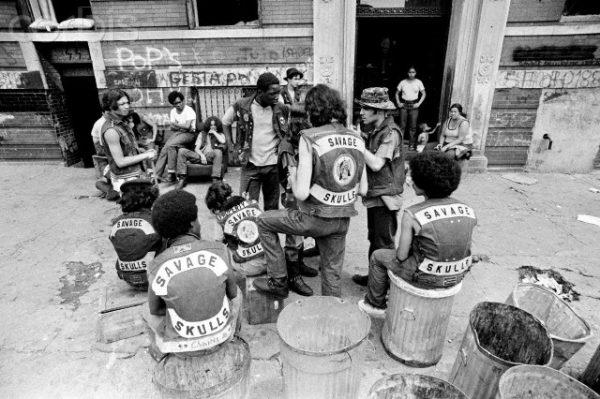40 anni di The Warriors, i guerrieri della notte - bande giovanili a new york negli anni 70